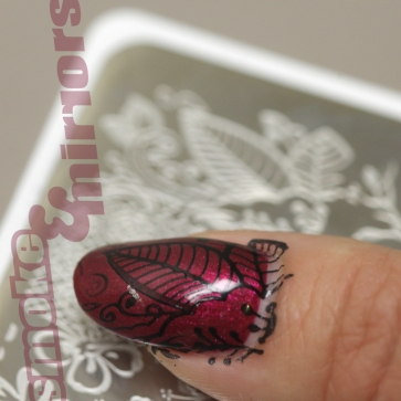 nail stamp with logo 001